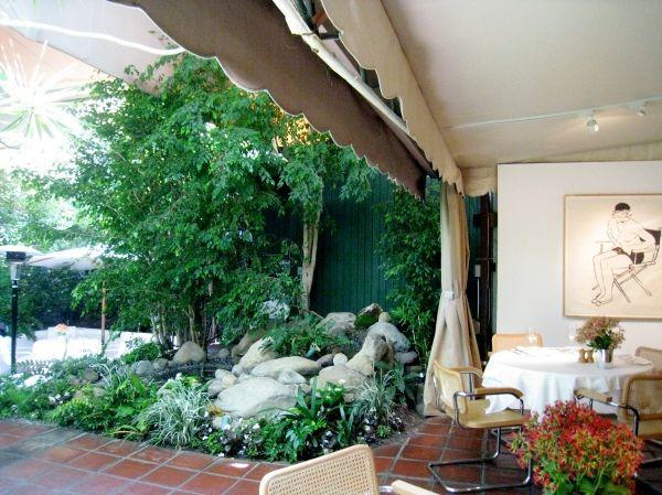 Indoor-outdoor space at Michael's Santa Monica.