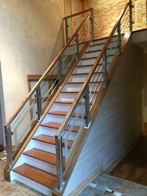 Best Custom Stainless Steel Glass Railing With Etching Glass Fabricated And Installed By Capozz 400 x 300