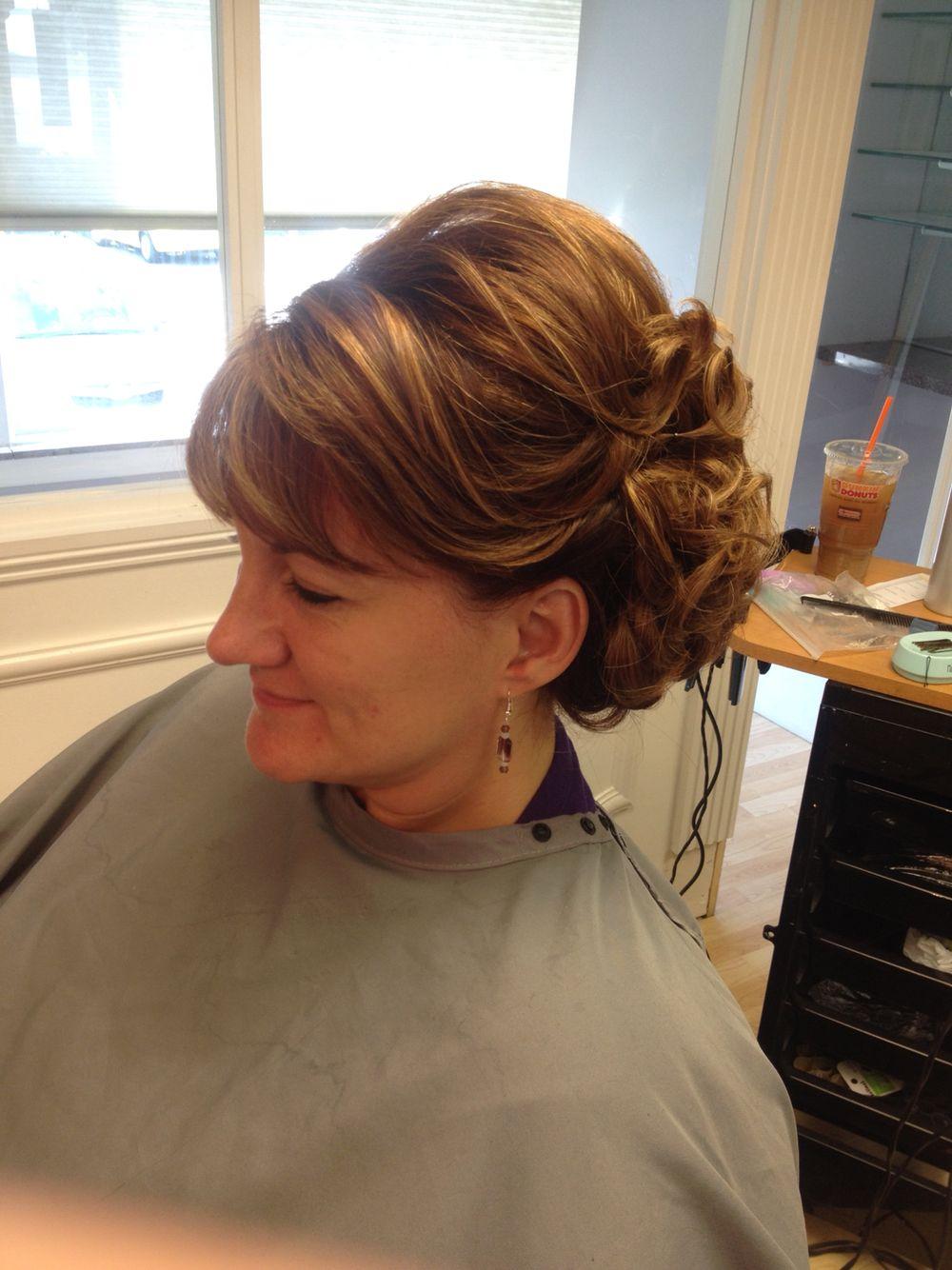 Mother of the bride hair. Wedding hair. | Hair | Pinterest