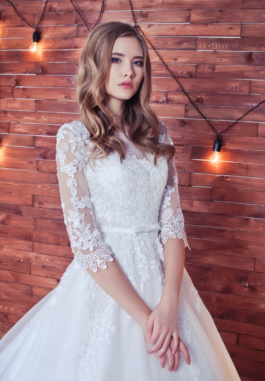 White puffy wedding dresses  Lace Wedding DressRomantic Wedding DressWhite Wedding Dress