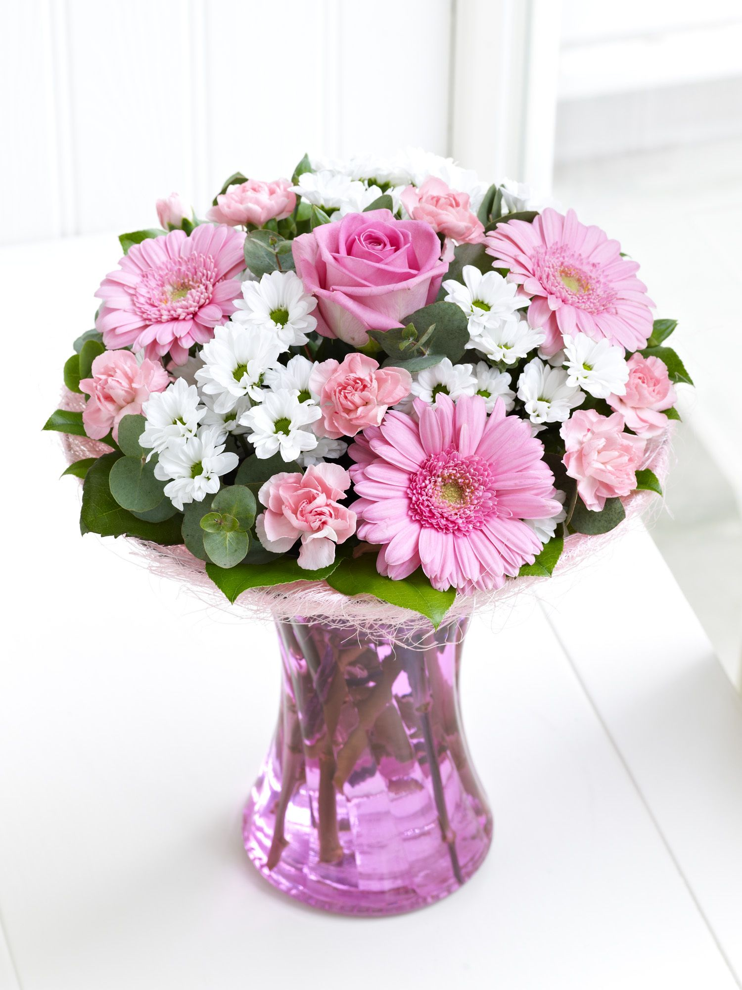 myinterfloramum Pink Perfect Gift with Chocolates