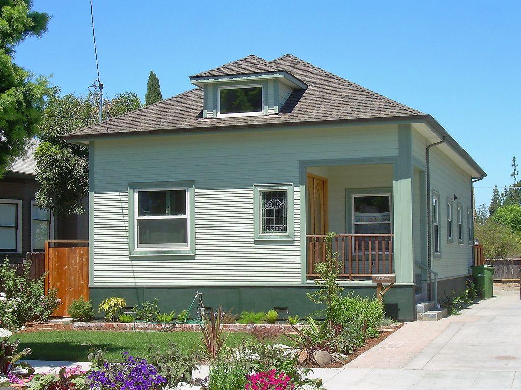 Best House Hip Roof Front Door Porch Cottage 400 x 300