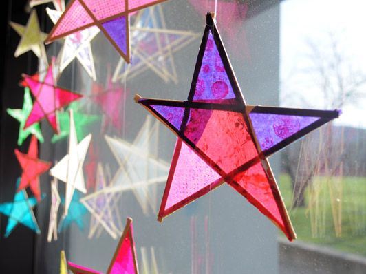 Wood and Paper Stars | Making Art with Children | Carle Museum #familyartprojects