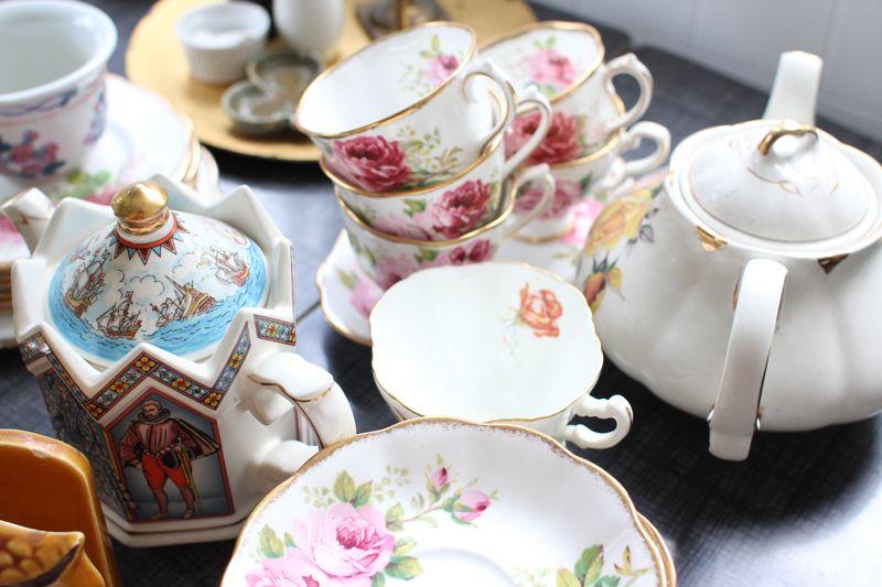 Pretty pretty tea ephemera. Credit // Anya Verdugo, Clever Nettle and Ann-Ya.
