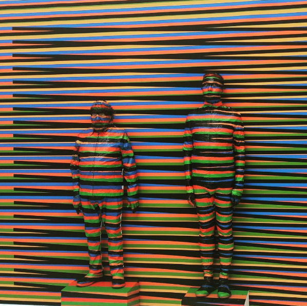Artists Painted Themselves into an Optical Illusion | Insta of the Week - Creators