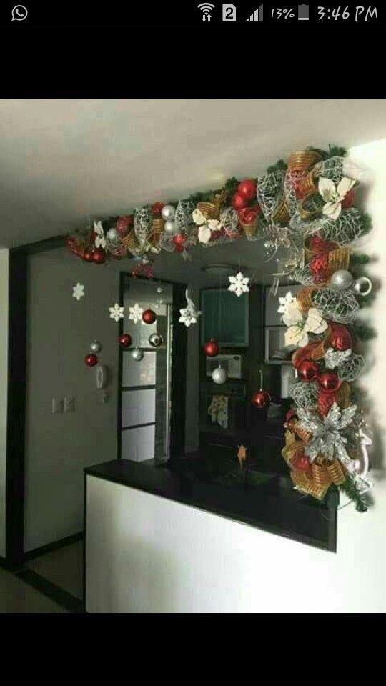 Christmas decorations christmas decorations decoraci n for Guirnaldas navidenas para puertas y ventanas