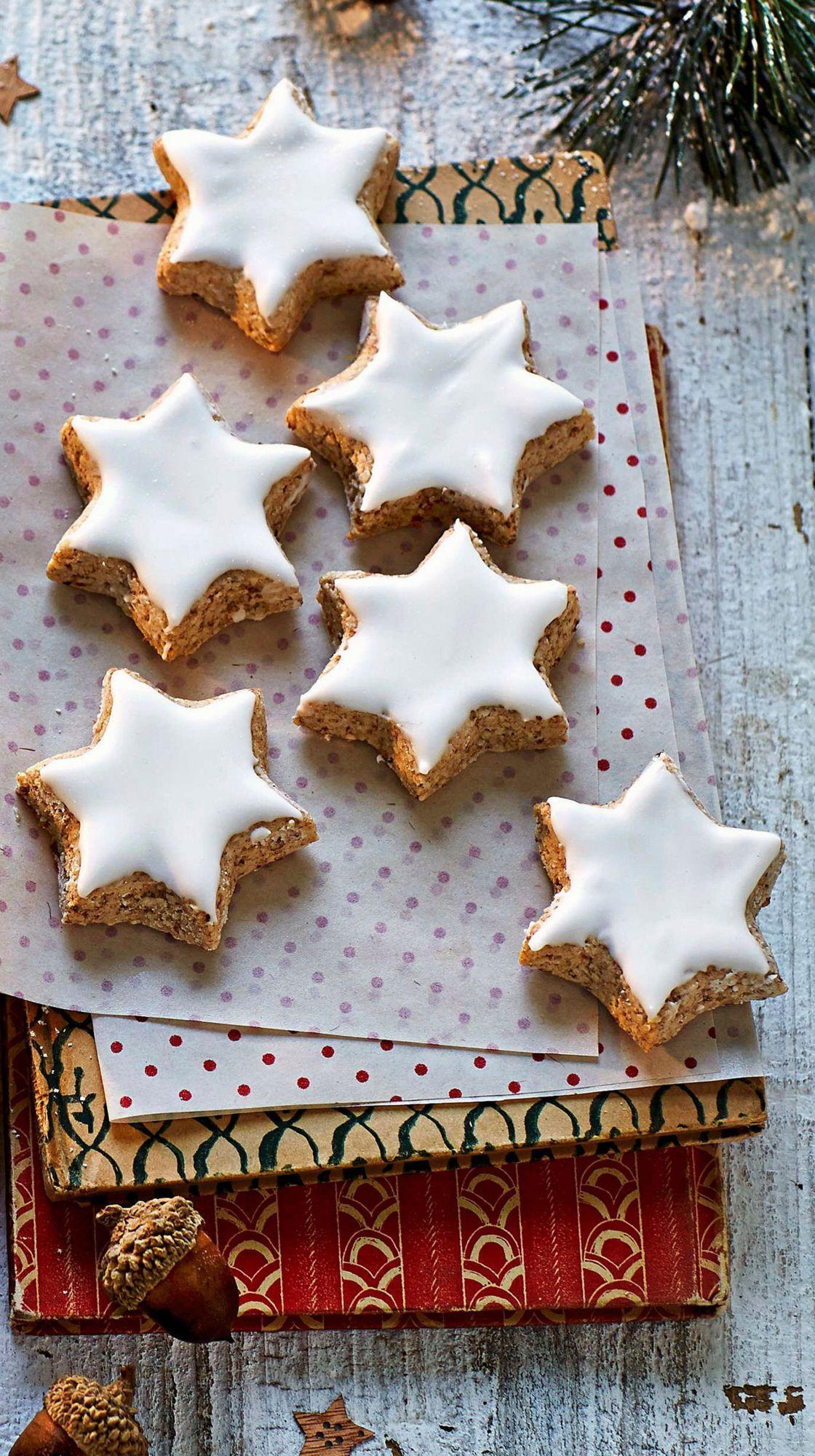 Sablés de noël à décorer : croissants à la vanille et étoiles à la cannelle #sabledenoel Sablés de noël à décorer : croissants à la vanille et étoiles à la cannelle : Femme Actuelle Le MAG #sabledenoel