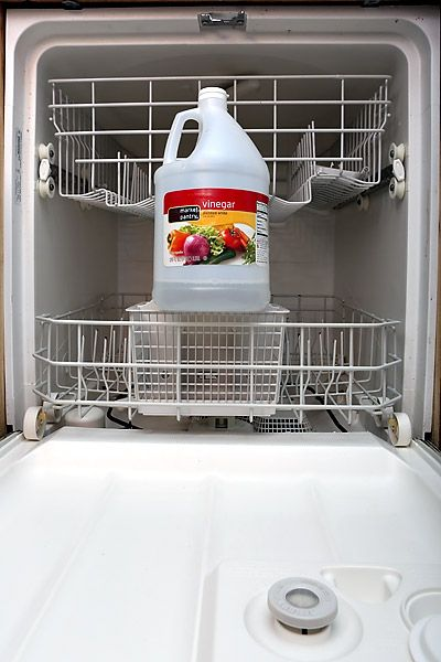 Using Vinegar And Baking Soda To Auto Clean The Dishwasher Review