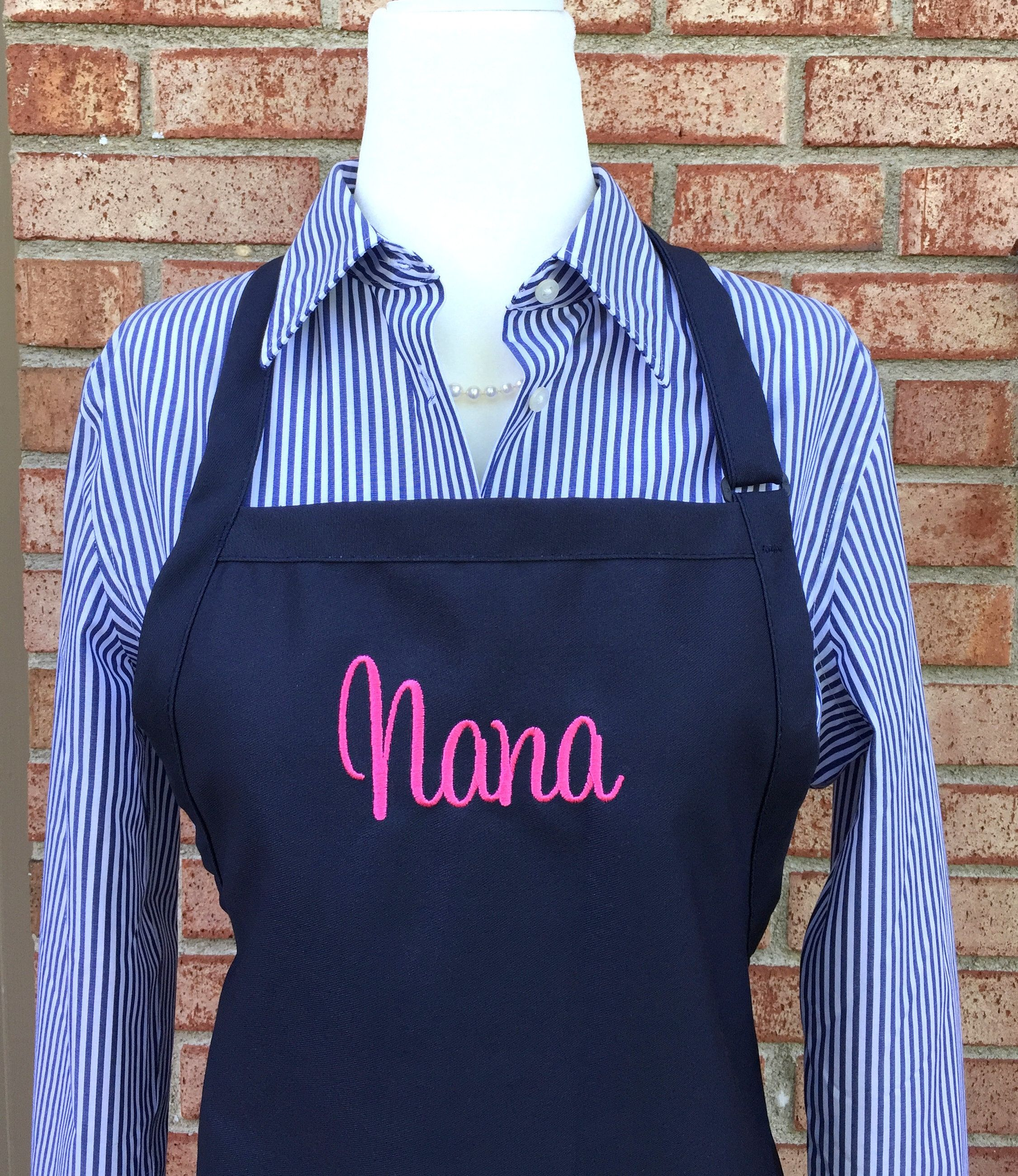 Monogram Apron with Name - Personalized Name Aprons ...