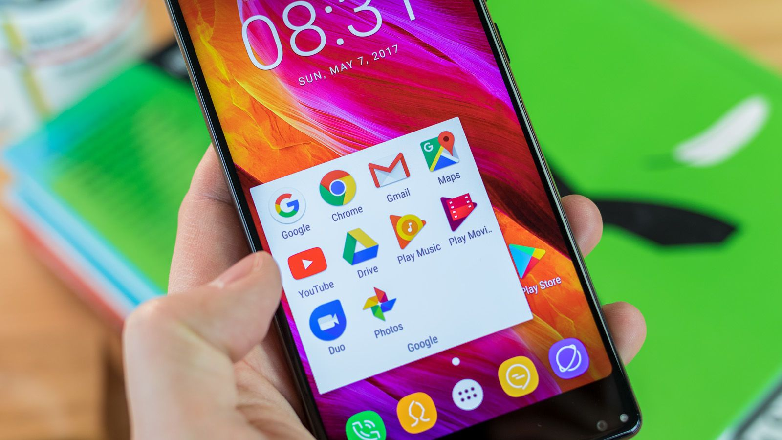 Oukitel Mix 2 Smartphone ReviewOukitel's Mix 2 is a bulky