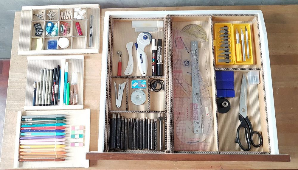 Diy Desk Drawer Organizer With Sliding Trays From Cardboard Box