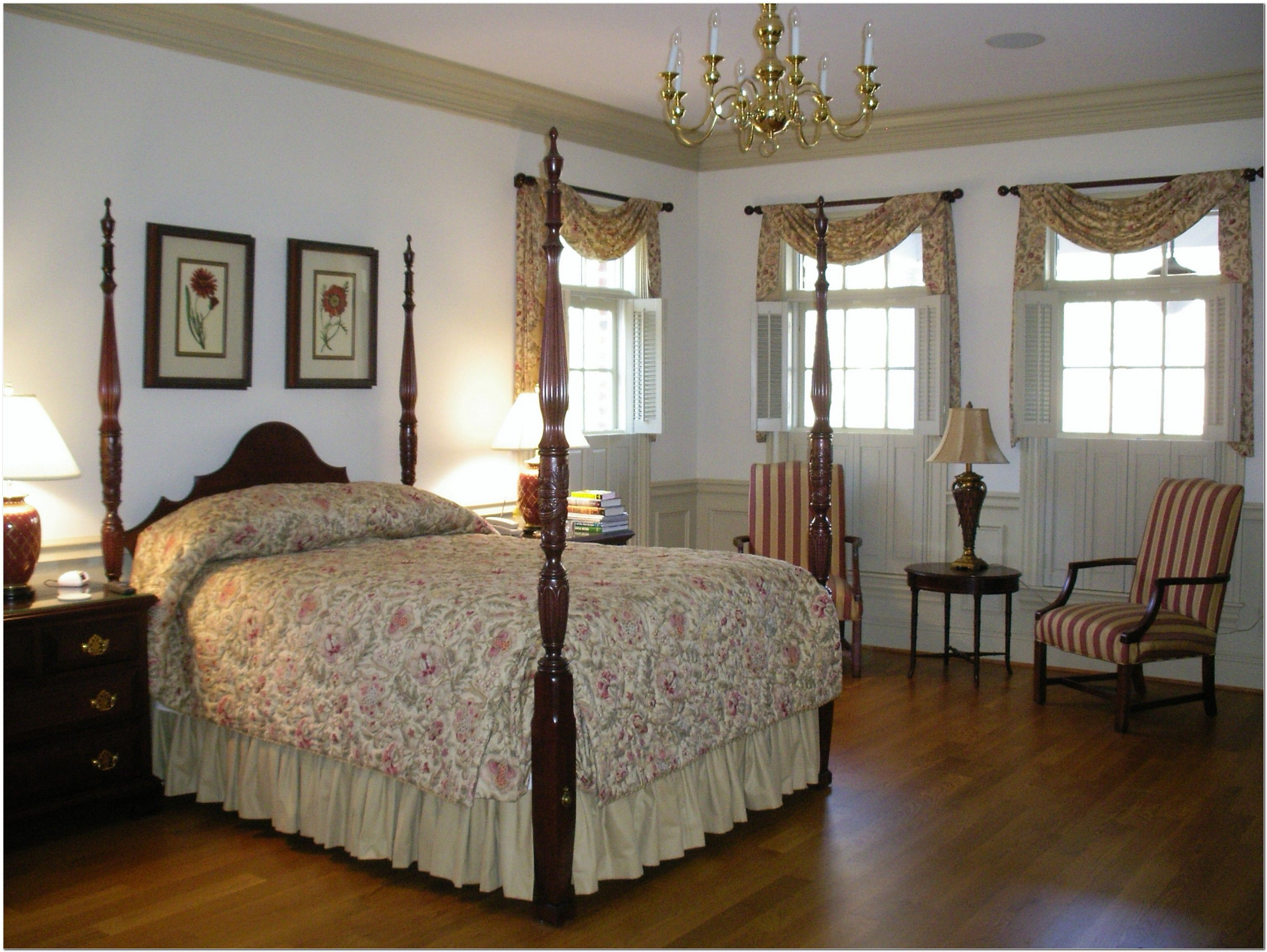 Williamsburg window treatments google search for American bedrooms