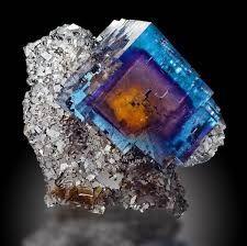 Risultati immagini per mineral