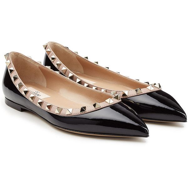 Valentino Two-Tone Patent Leather Rockstud Ballet Flats ($465) ❤ liked on Polyvore featuring shoes, flats, black, black skimmer, ballet flats, black studded flats, pointy-toe flats and ballet shoes