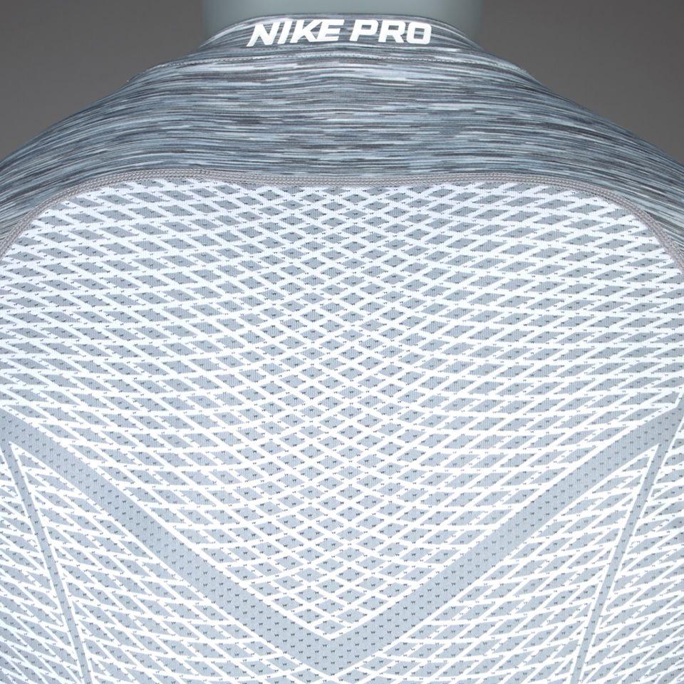 Camiseta Nike Hypercool Fitted Crew Space Dye -Blanco/Gris