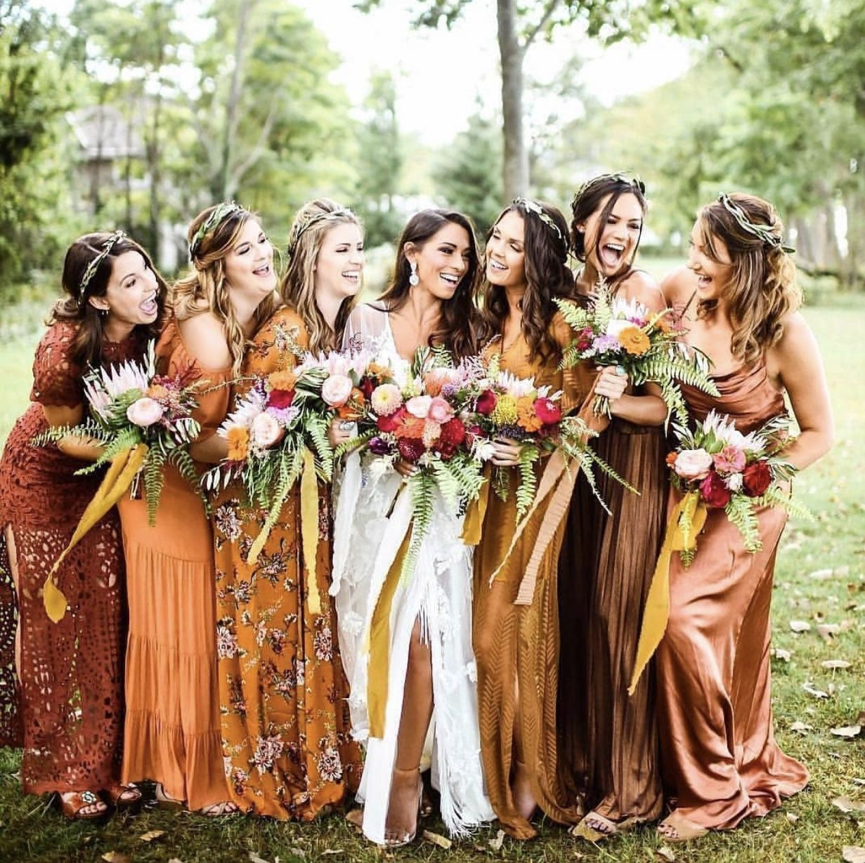 14 Best Fall Wedding Ideas That You Will Want To Copy Chaylor Mads Fall Wedding Color Schemes Fall Bridesmaids Fall Bridesmaid Dress Colors [ 1229 x 1231 Pixel ]