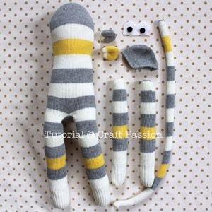 sew-sock-monkey-18.jpg 300×300 piksel