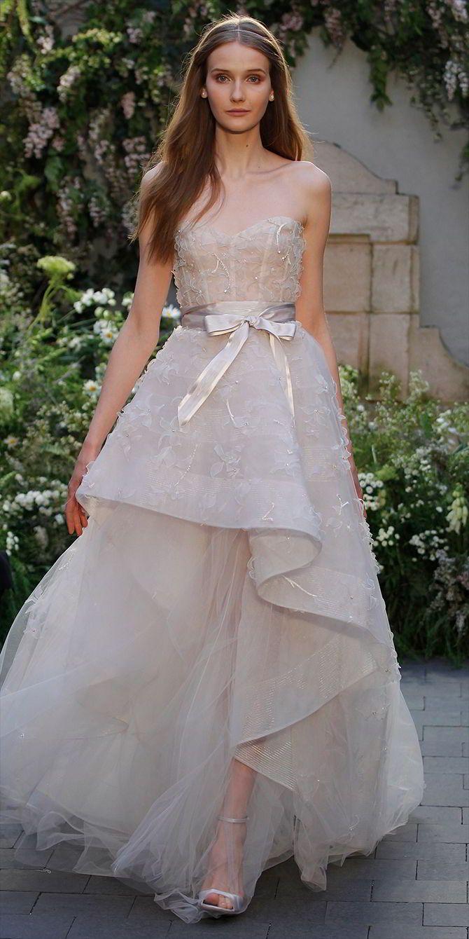 Monique Lhuillier Spring 2017: Gorgeous Wedding Gowns With Romantic ...