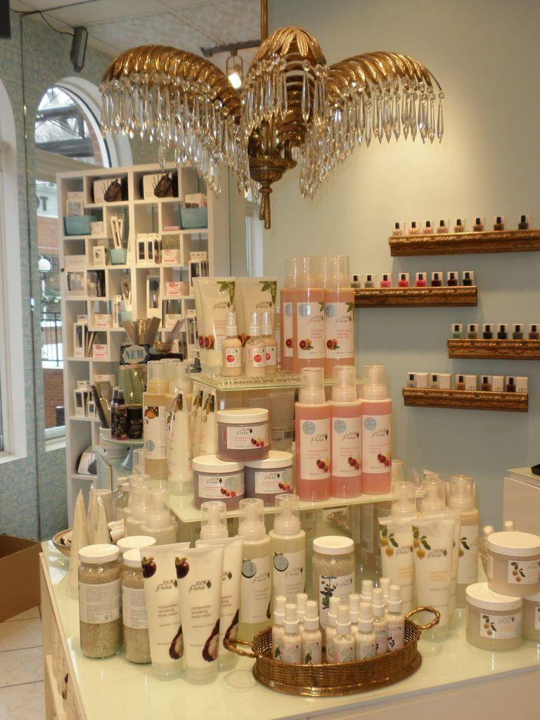 Clever Gift Shop Merchandising Ideas (16)  Tienda de jabón