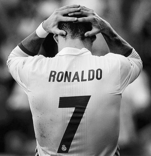 Black And White Cristiano Ronaldo And Football Image Cristano Ronaldo Cristinao Ronaldo Christiano Ronaldo