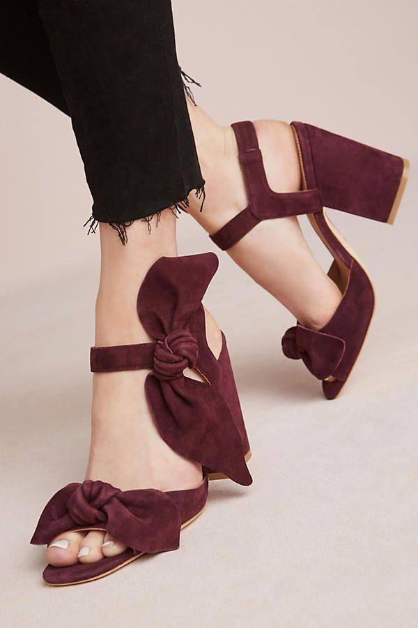 Bill Blass Carmen Bow Block Heel Sandal L0rSieQ