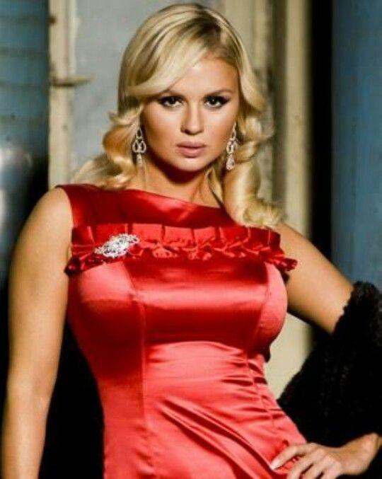 084e9ec2c8 3. Anna semenovich Born  Moscow 1980. Tego Pina i nie tylko znajdziesz na  tablicy SUKIENKI WIZYTOWE ...