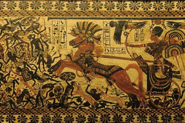 Design Toscano Tutankhamen at Hunt in his Chariot Wall Sculpture