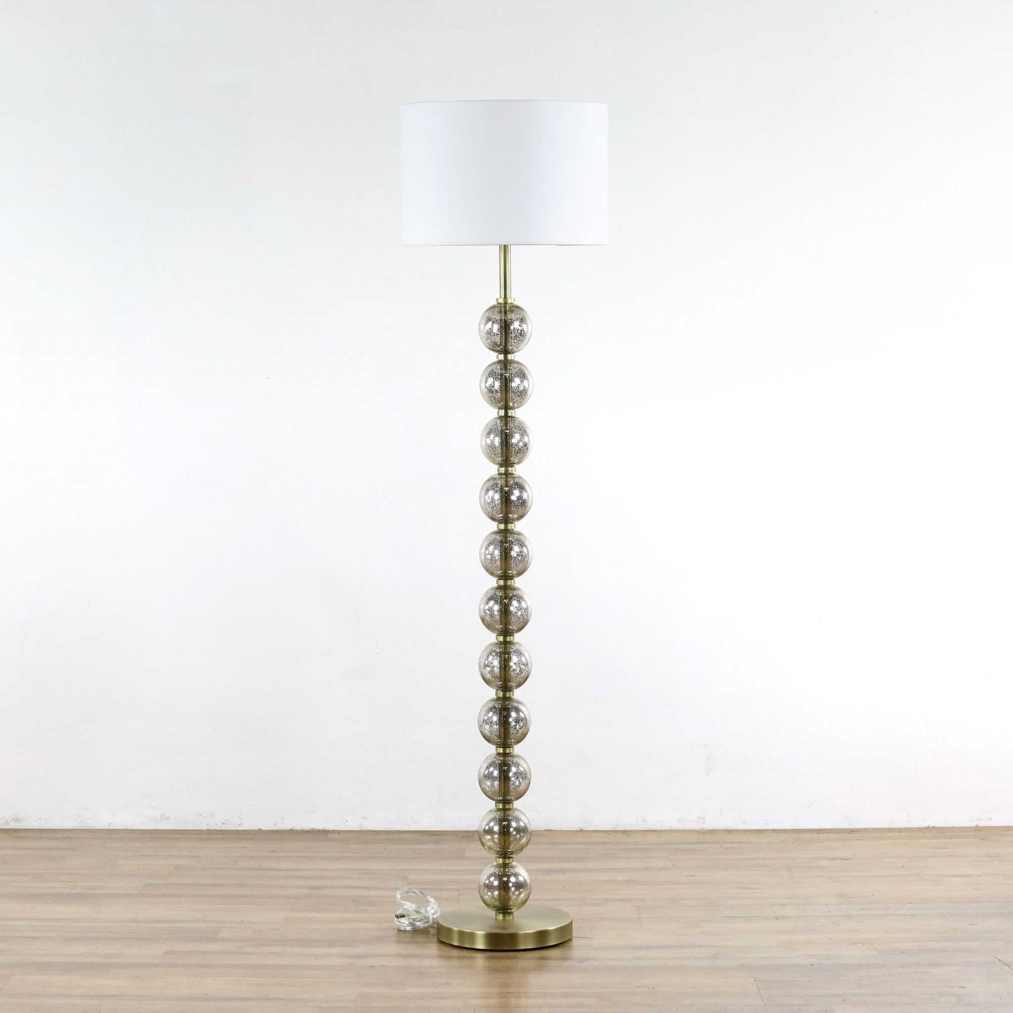 Mercury Glass Floor Lamp Div P Inspired By Old Hollywood Glamour This Stacked Ball Floor Lamp Brings Drama And L Glass Floor Lamp Things To Sell Floor Lamp