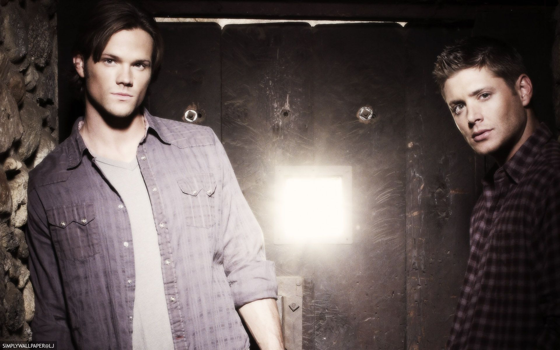 Supernatural Desktop Background Wallpaper Sam And Dean Winchester Credit Simplywallpaper Historyjunkie Supernatural Seasons Tv Supernatural Supernatural