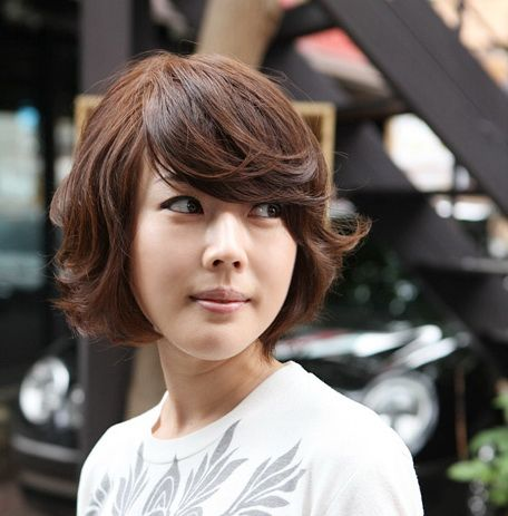 wavy chin length hair with bangs  possible haircuts