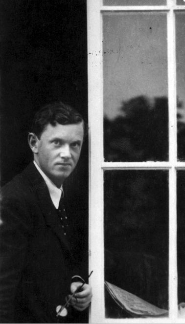 Evelyn Waugh by Cecil Beaton, 1920s.