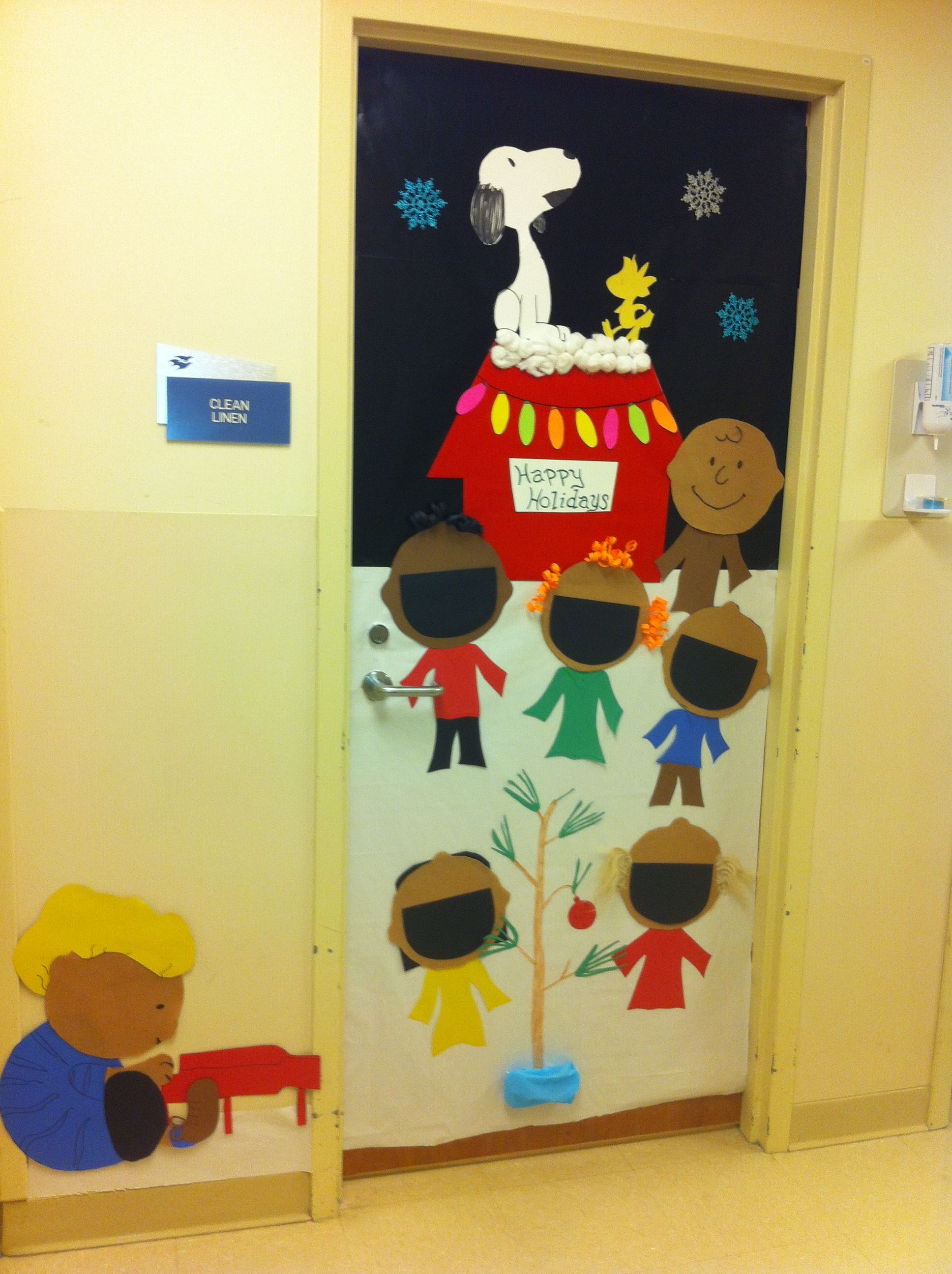 decorating classroom doors for christmas