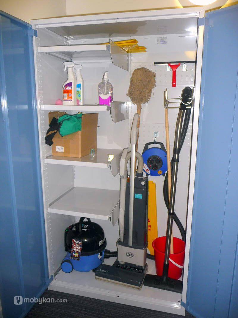 دواليب ادوات التنظيف و طريق اختيارها و اشكالها من موبيكان Cleaning Closet Home Appliances Decor