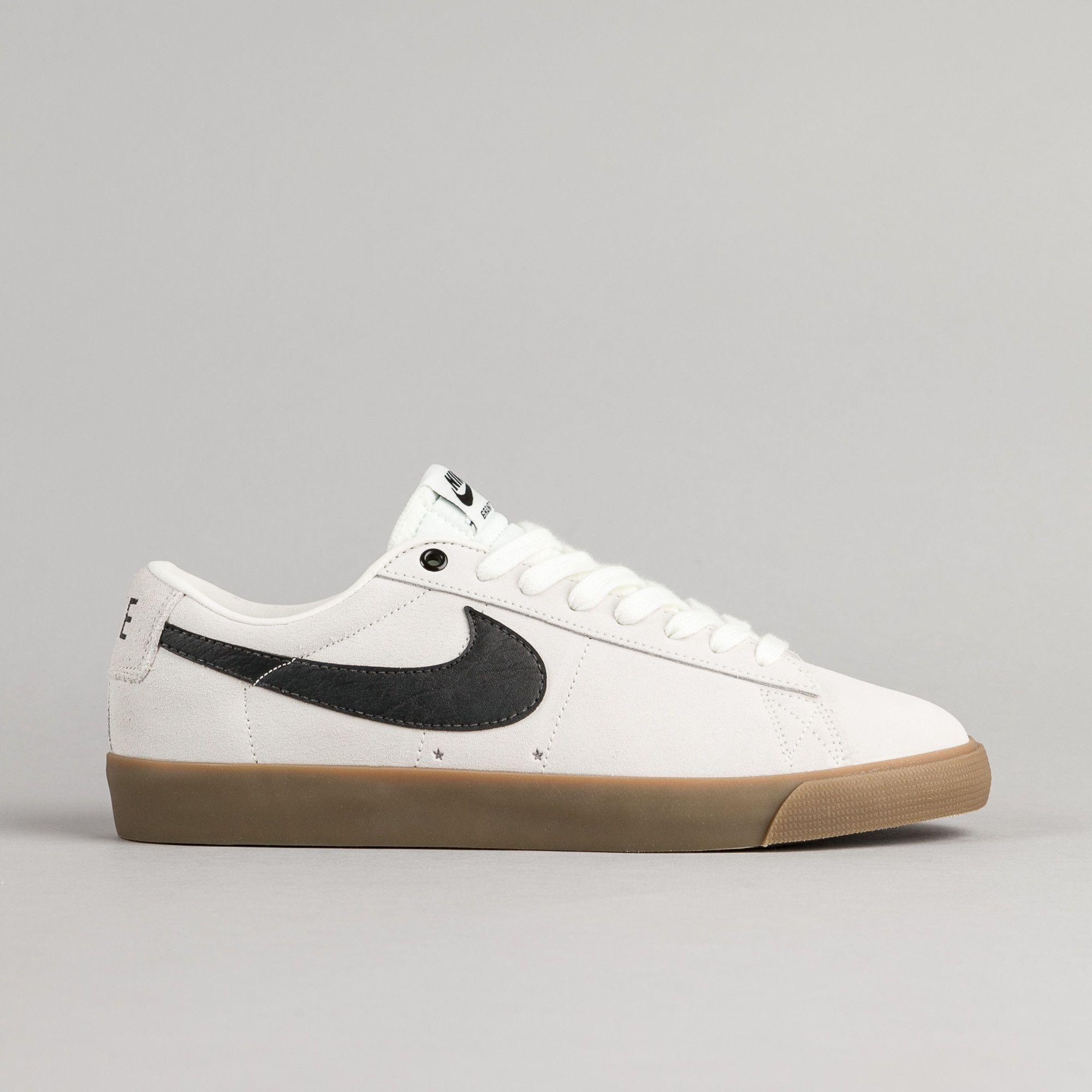 nike sb blazers black and white low heels