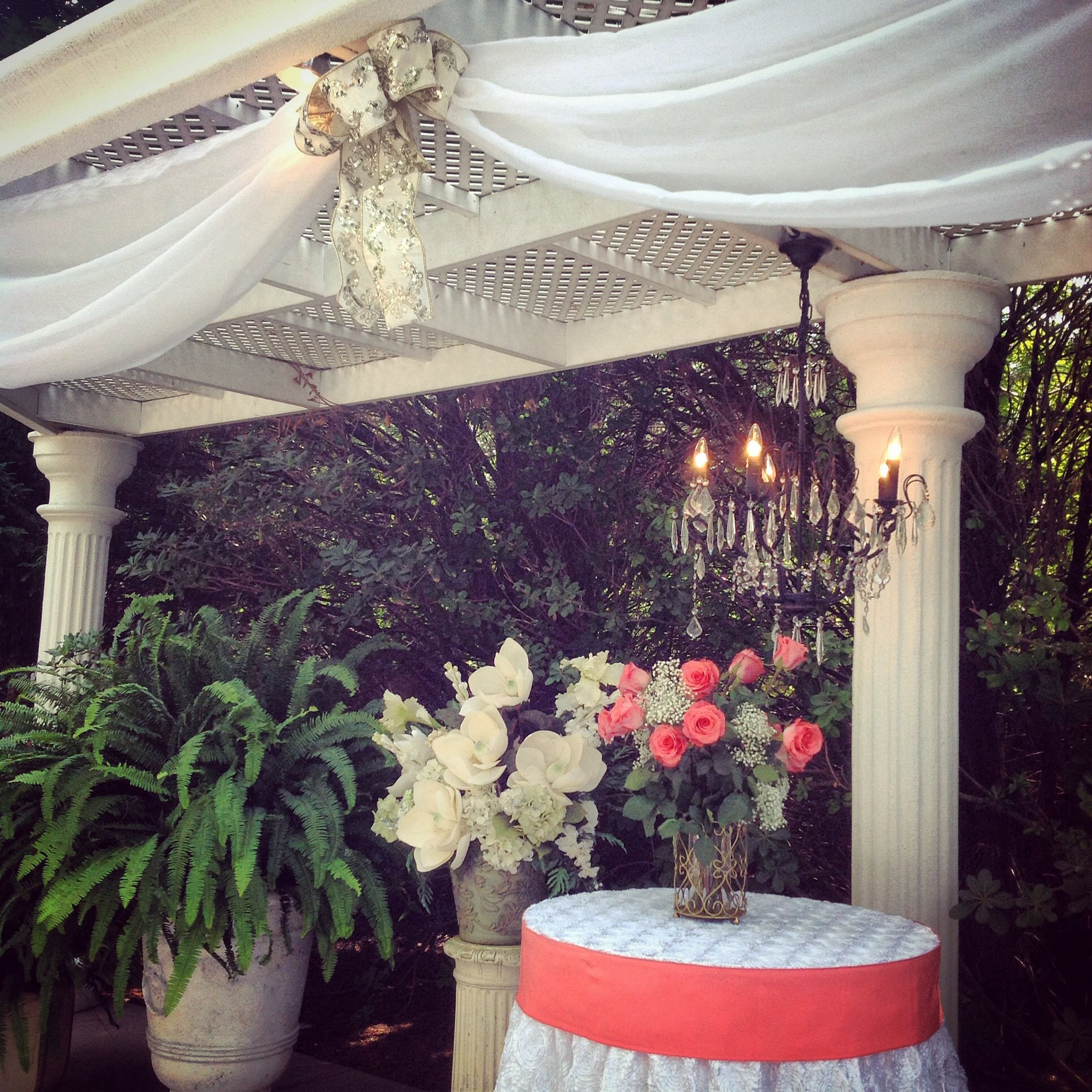 Outdoor Wedding Spots Near Me: Beautiful Altar @Che'ne Rouge Weddings Hiram, GA Www.chene