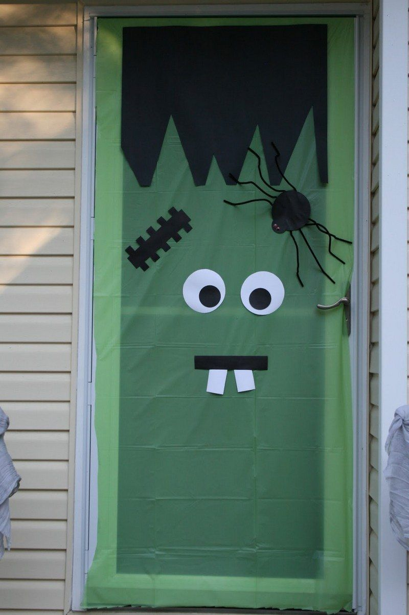 Frankenstein Türdeko zu Halloween selber machen Halloween Party - pinterest halloween door decor