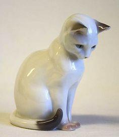 Porcelain Cat Figurine Bing Grondahl Denmark Malningar Djur Konst Antik