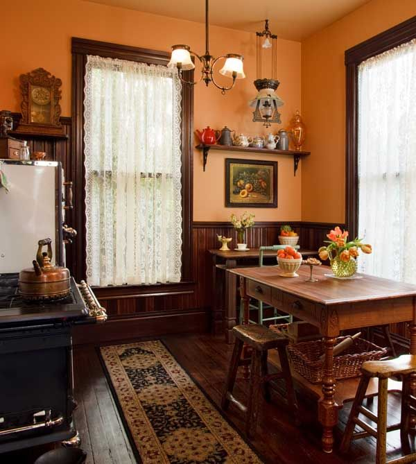 Selecting Curtains For Your Period Kitchen