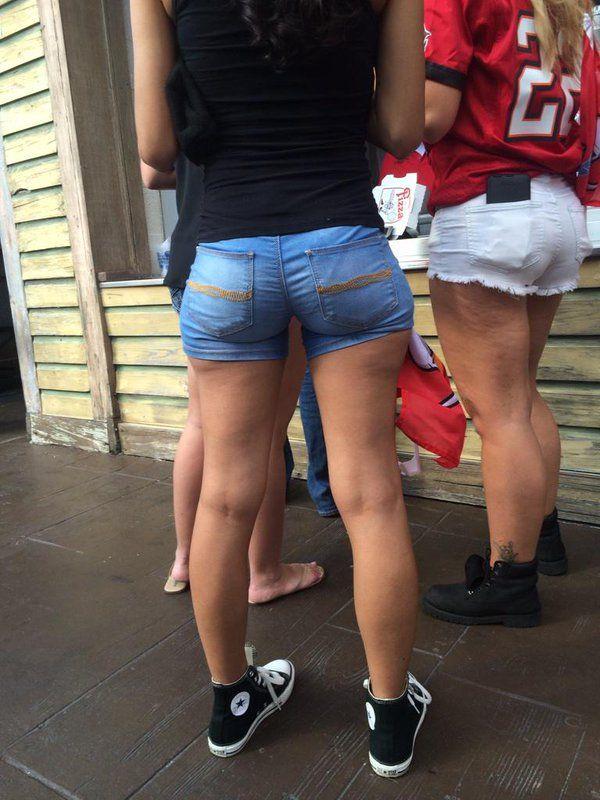 Candid short shorts pics