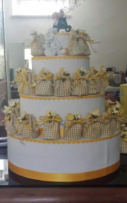 Porta Bomboniere Matrimonio.Porta Bomboniere Wedding Cake Polistirolo E Gomma Crepla