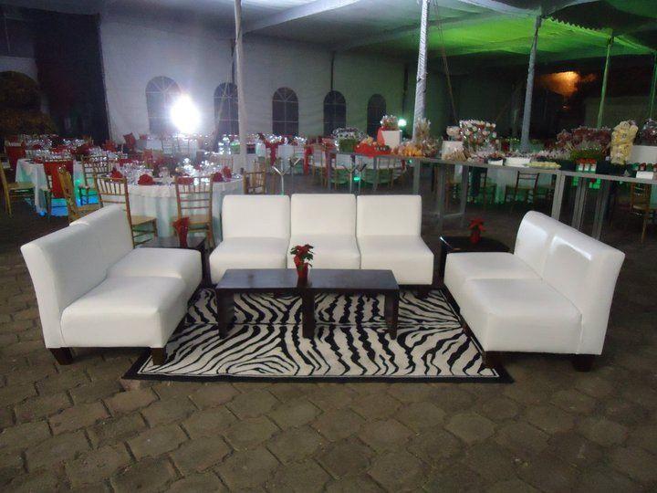 Salas lounge y montaje minimalista