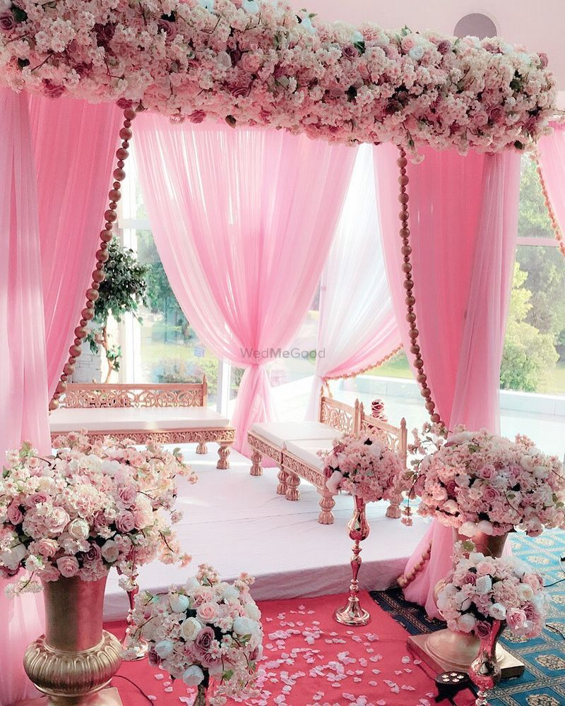 Wedding Flower Decoration Ideas: Gorgeous Floral Mandap Decoration For The Wedding Day. See