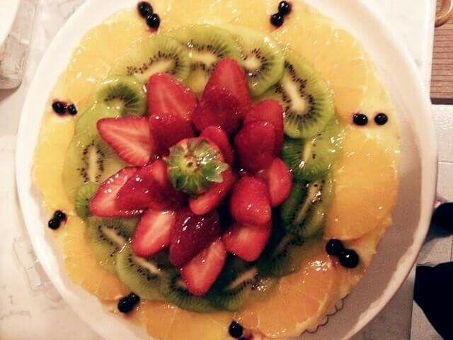 Crostatina  di frutta e crema