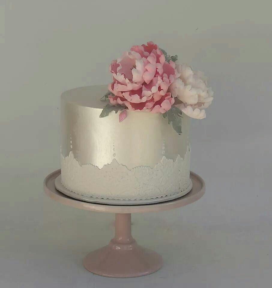Love The Silver Fondant Wedding Cakes Cake Tiered Wedding Cake