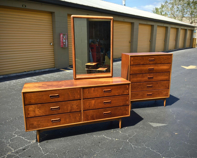 Sold Mid Century Modern Lane Acclaim Bedroom Set Dresser Credenza Mirror