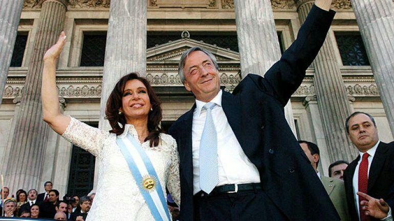 Resultado de imagen para argentina nestor y cristina kirchner