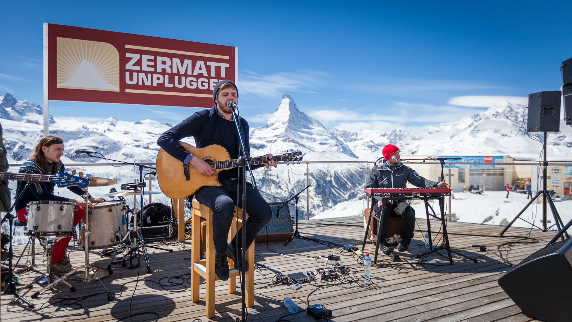 Zermatt Unplugged 2013  ...nice backdrop they say ;-)