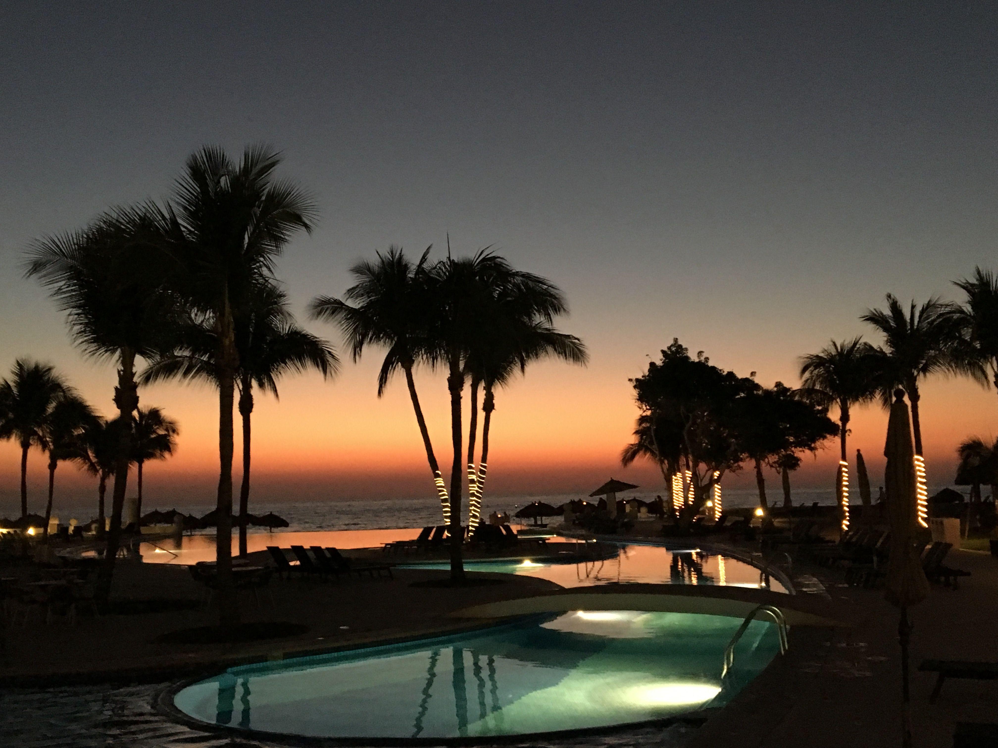 Dreams Villamagna sunset Extra Mile Travel www.extramile