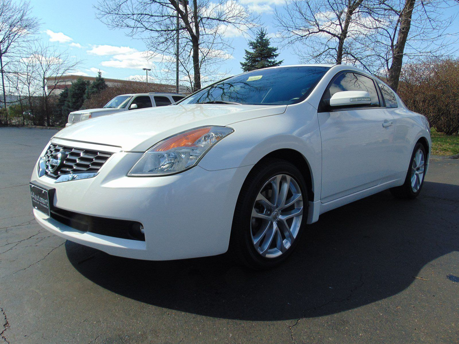 cars for sale used 2009 nissan altima 3 5 se for sale in louisville ky 40220 coupe details. Black Bedroom Furniture Sets. Home Design Ideas