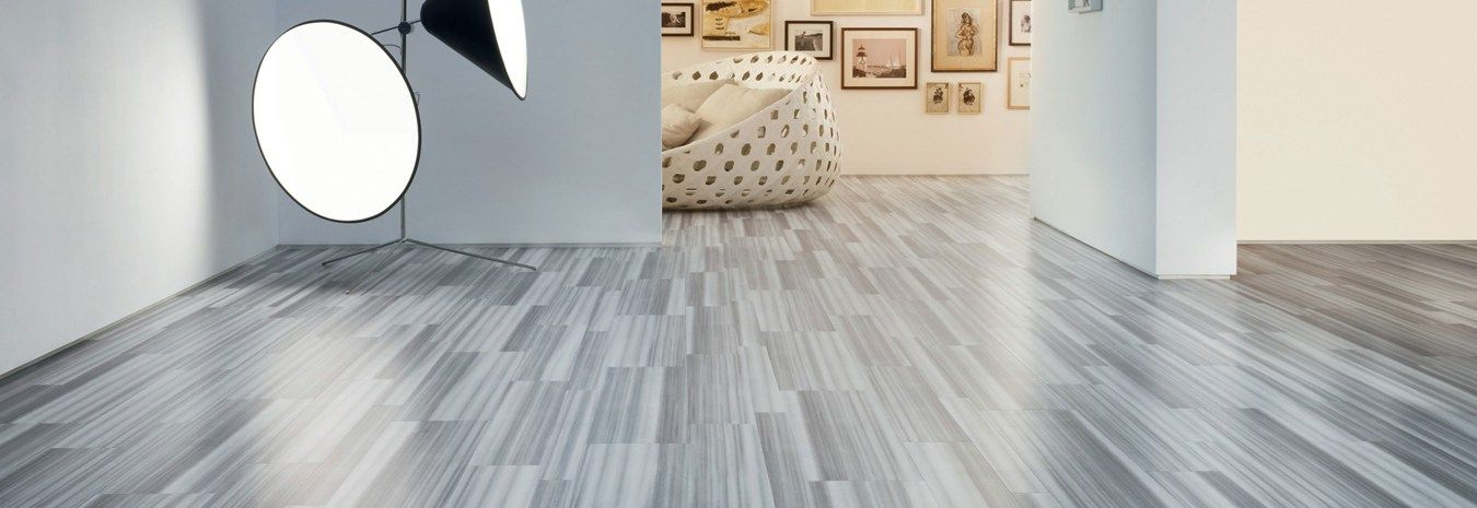 At Bucklebury Home We Offer A Variety Of Stone Flooring Options To Suit Your Taste And Budget Wheth Modern Floor Tiles Contemporary Tile Floor House Flooring